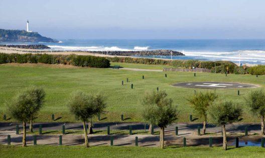 golf et surf au pays basque